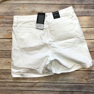 Dear John Shorts - Dear John Distressed White Lilie Shorts